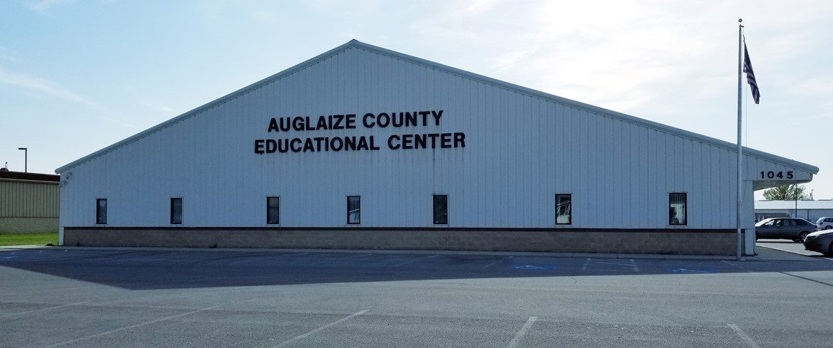 Picture of the Auglaize ESC building where the office of SST6 is housed. Click on the link to go to the ONLINE application for the SST6 Office Manager position.